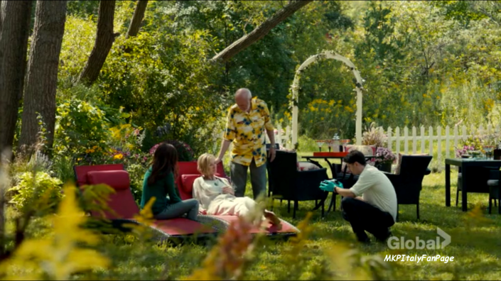 mary_kills_people_irene_garden